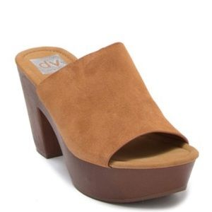 Dolce Vita Henna Suede Clog Sandal size 6.5